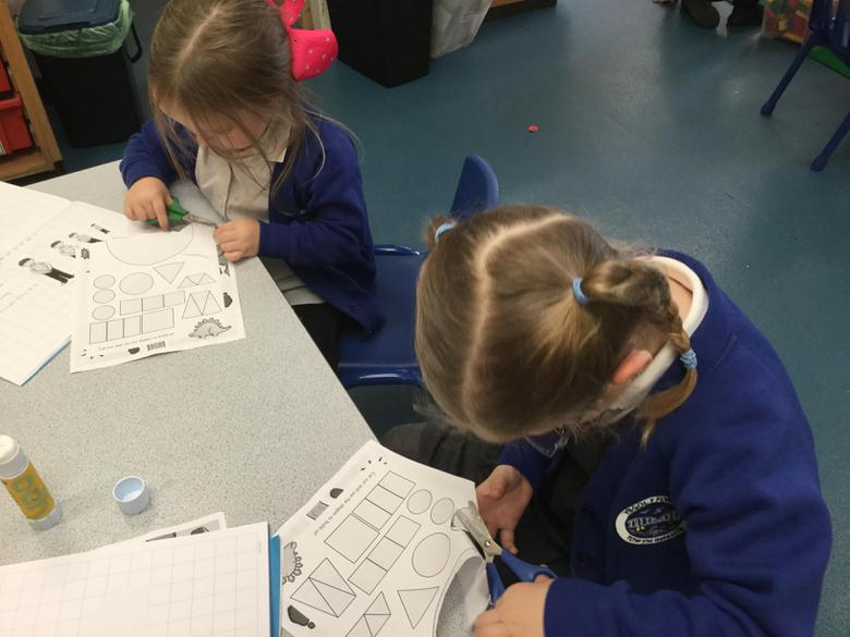 Making dinosaurs out of 2D shapes