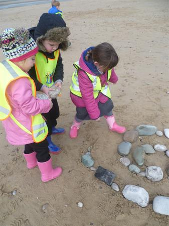 We need the best stones for our beach art