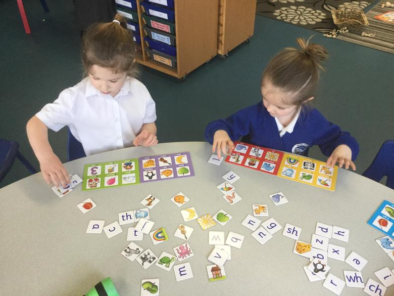 Matching sounds and pictures