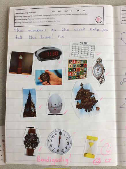 Identifying items we use to  tell the time!