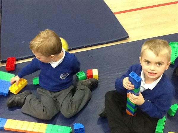 Leisure centre - Build a 6 piece tower, easy peasy