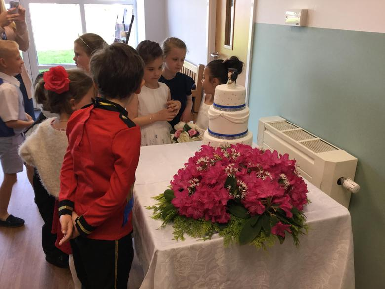 Waiting to cut the cake