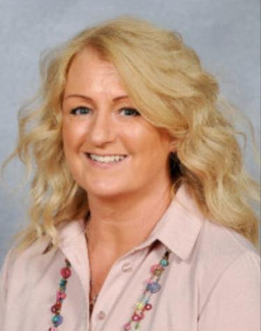 Mrs Sharon Davies - Pennaeth/Headteacher