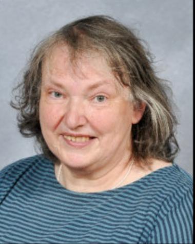 Miss Dilys Powell - Cynorthwy-ydd Dysgu/Teaching Assistant