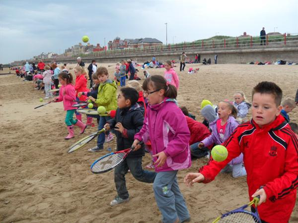 Year 3LW have fun on the sand