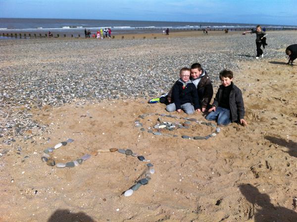Year 3LW have a fantastic beach day!