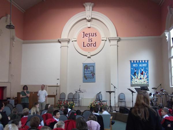 The Bryn Hedydd Congregation sitting nicely.