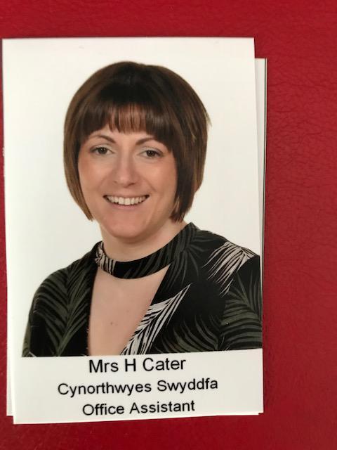 Mrs H Cater. Secretary. Ysgrifenyddes.