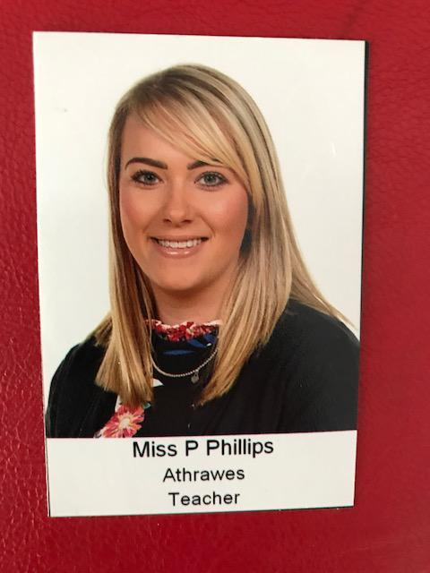 Miss P Phillips. Athrawes Bl 5/Year 5 teacher