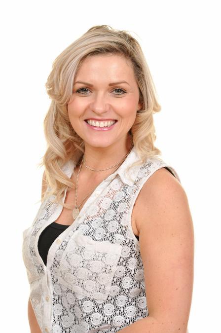 Miss H Griffiths.Athrawes Blwyddyn4/Year 4 teacher